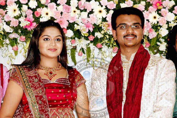 Film actress karthika wedding