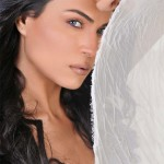 Veena Malik Clarifies on her MMS video